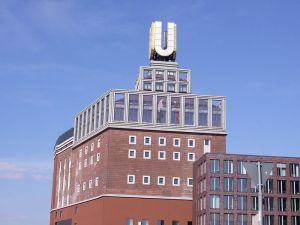 800px-Dortmund-U